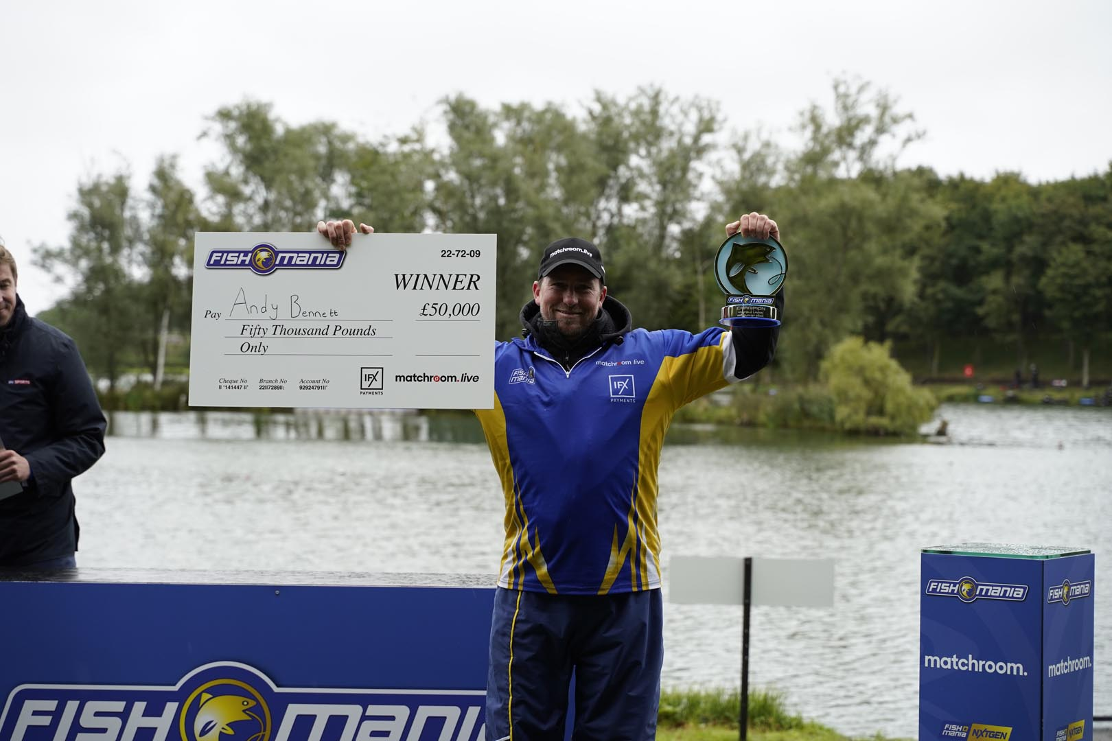 BENNETT IS BACK-TO-BACK FISHOMANIA CHAMPION